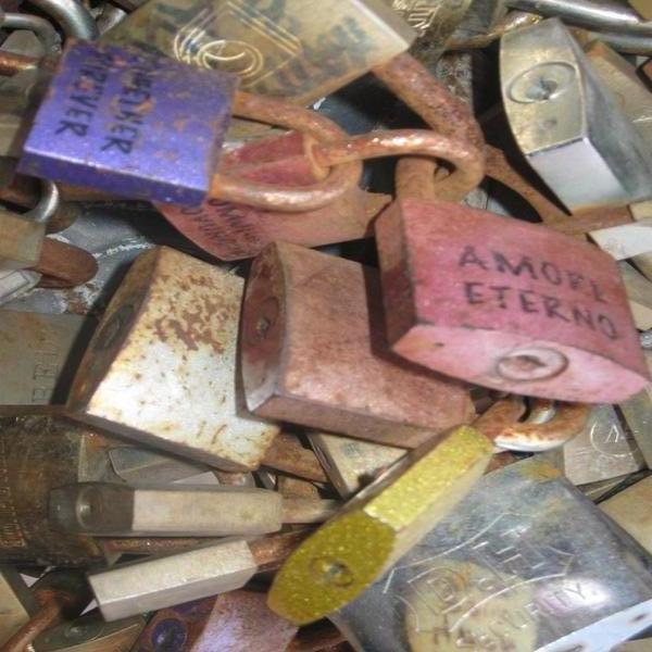 lucchetti di amore lecce italy love padlocks