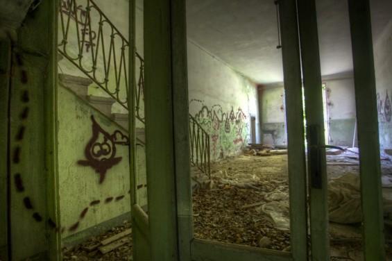 italy haunted poveglia stairs and graffiti