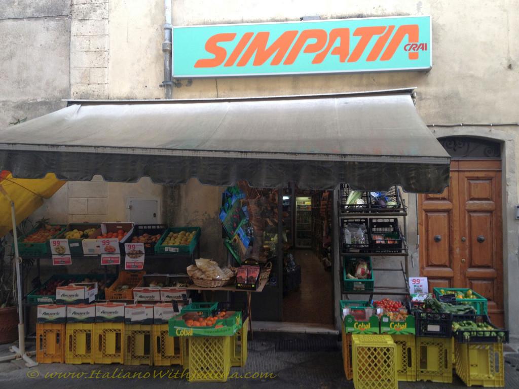 Simpatia fruttivendolo-greve greengrocer in greve in chianti italy