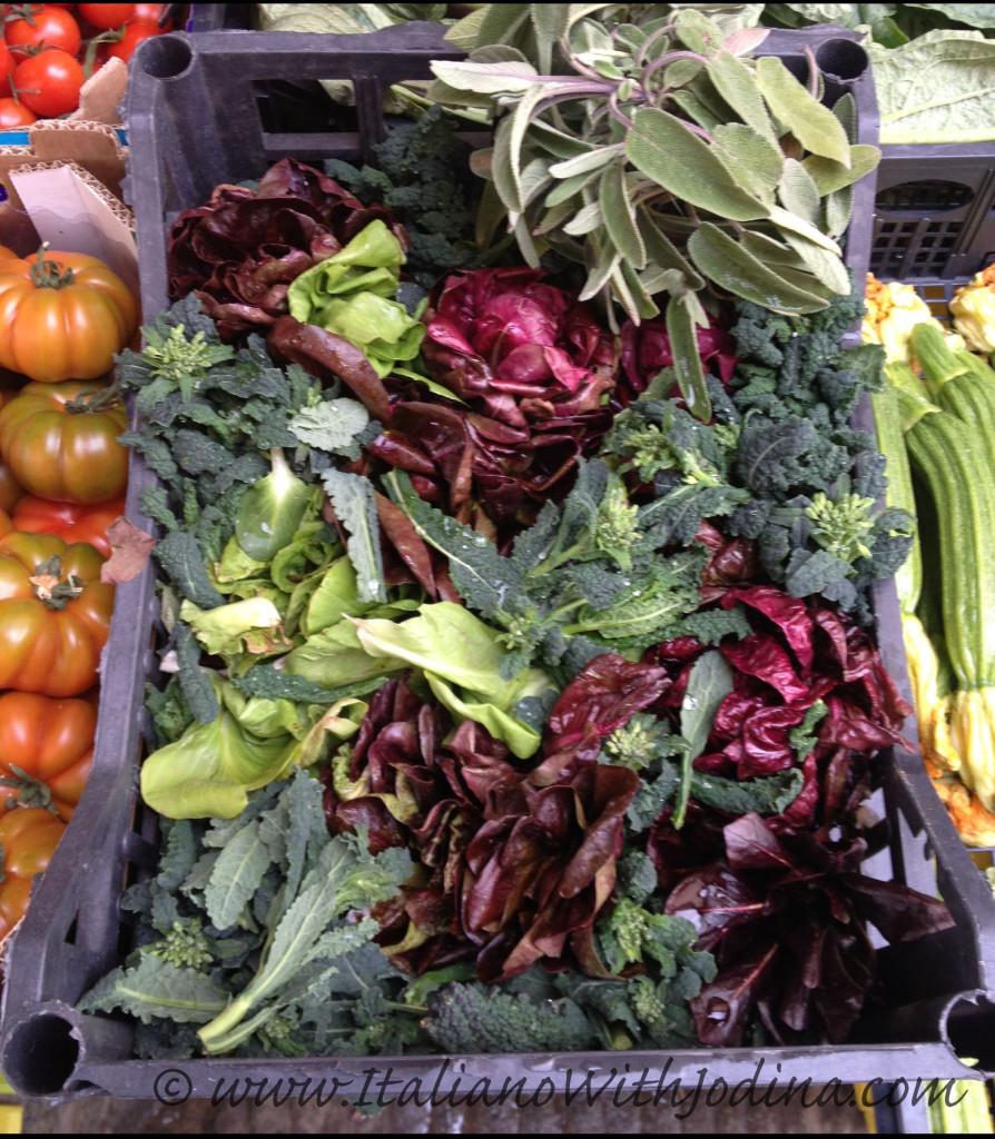 fruttivendolo-insalata mista-greve-mixed greens at greengrocer, chianti, italy