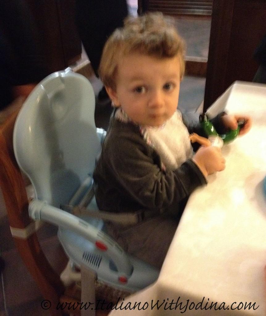 bambino a tavola ristorante greppia verona