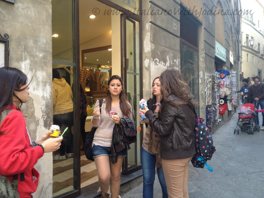 girls at ice cream shop - ragazze gelateria - siena italy jodina