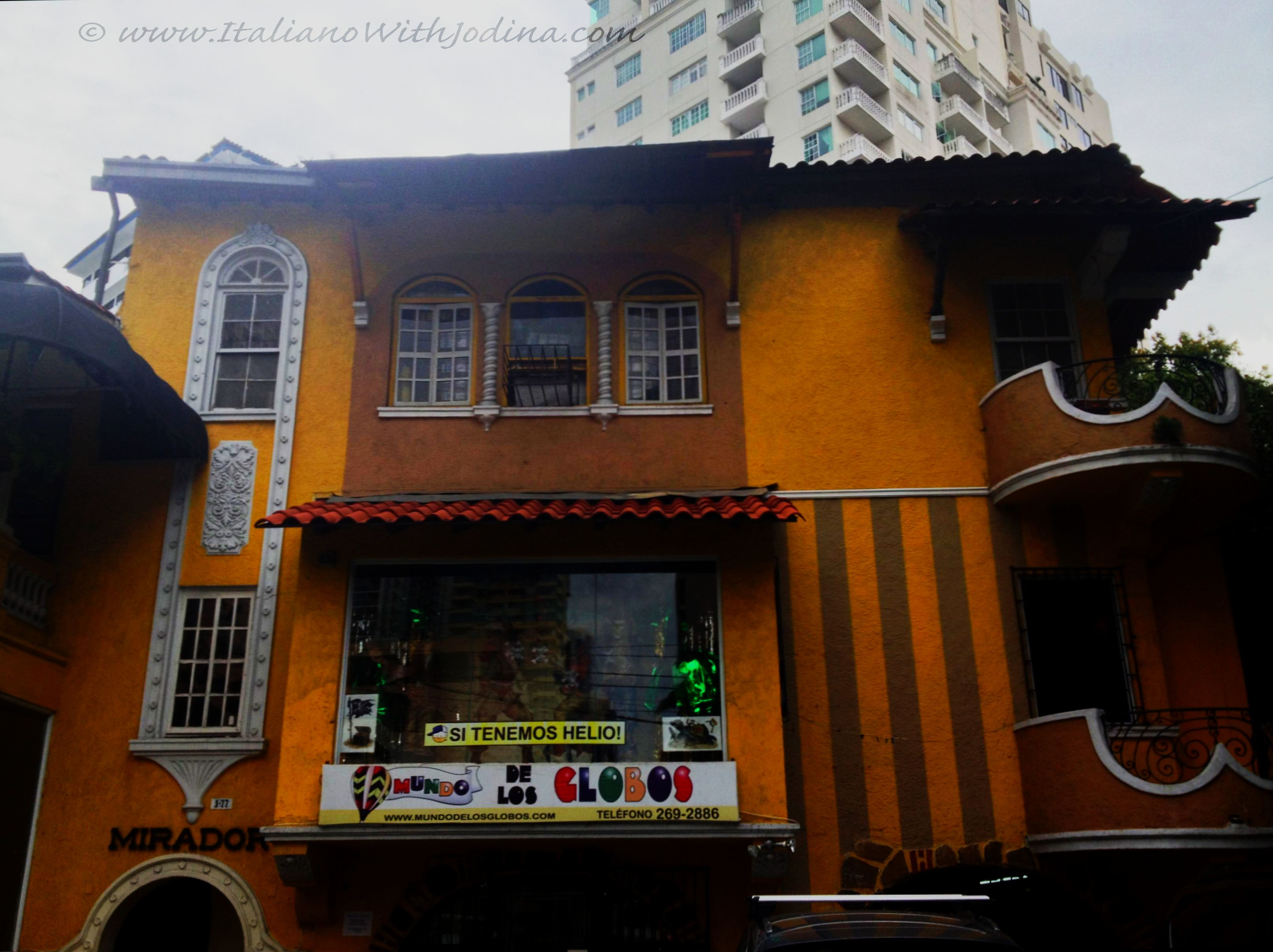 Colonial House Turned Party Store   Jodina Travel Panama