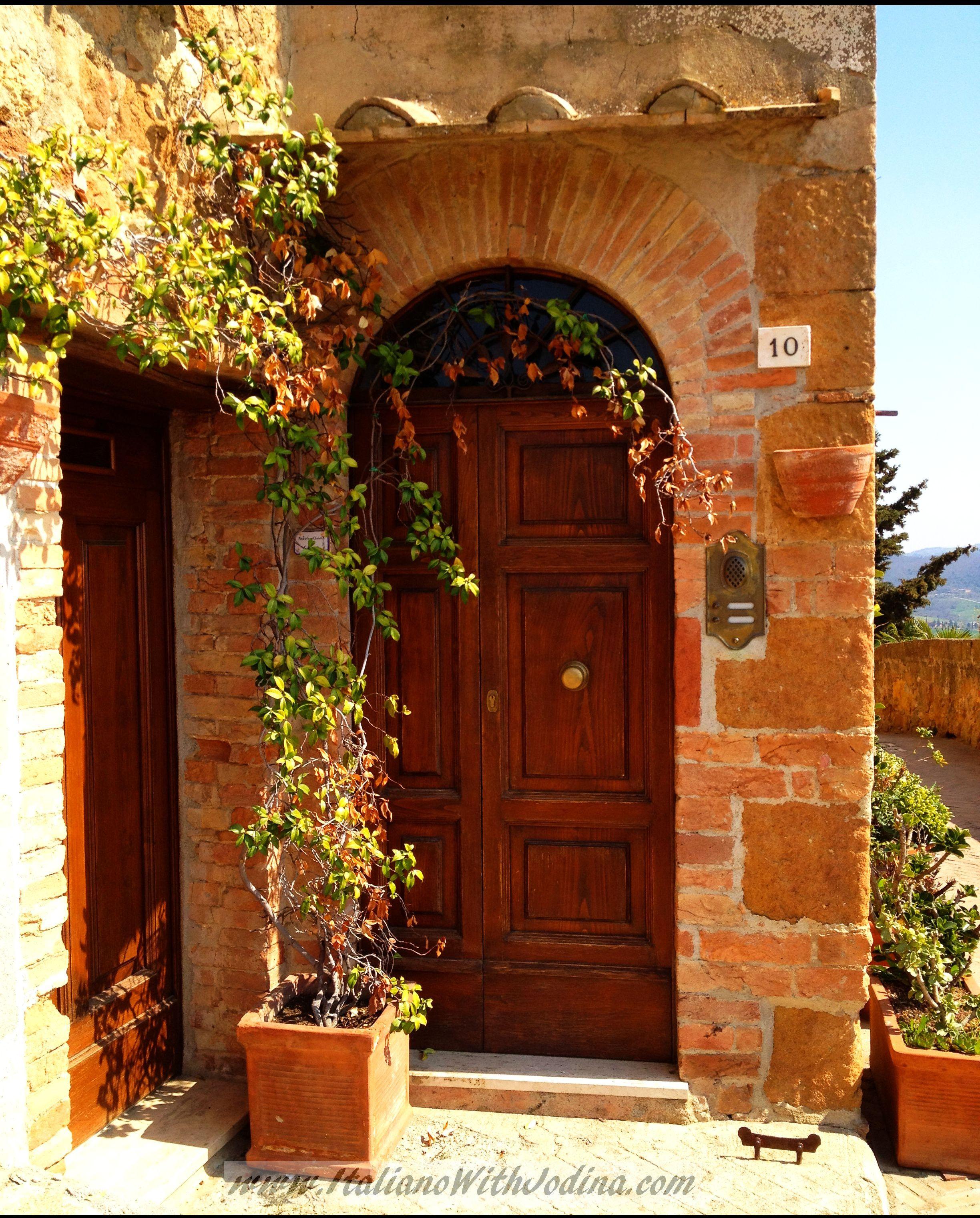 n. 10 via della foruna.Montepulciano.Door.WM